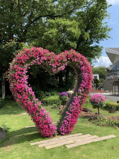 ハート形 花のオブジェ 花のまちフェア ガーデンシティ三島